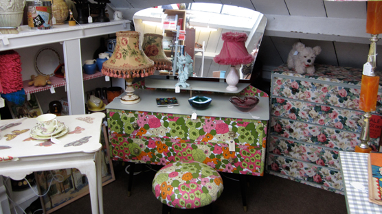 Fun revamped dressing table perfect for my boudoir.