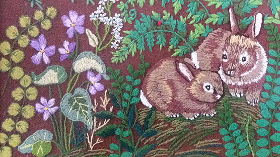 Beautifully embroidered bunnies - a picture my pal found *JEALZ*